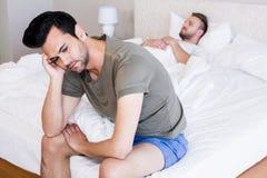 Gniewny para homoseksualista w sypialni Obraz Royalty Free
