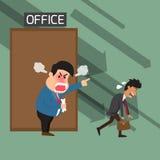 Gniewny szef krzyczy pracownik przy biurem i odprawiający Obrazy Stock