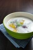 Gnocchi in crema della noce di cocco, Bua Loi, dessert della Tailandia immagine stock