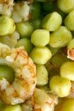 Gnocchi de pomme de terre avec les crevettes roses argentines Photo stock