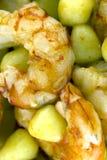 Gnocchi de pomme de terre avec les crevettes roses argentines Photos libres de droits