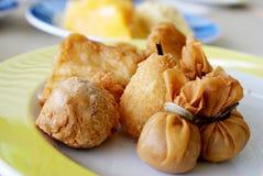 Gnocchi fritti nel grasso bollente Fotografie Stock