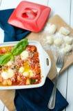 Gnocchi i tomatsås Arkivbilder