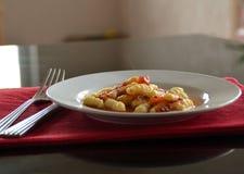 Gnocchi på plattan Arkivbilder