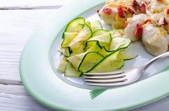 Gnocchi Slesiani con bacon e lo zucchini Fotografie Stock Libere da Diritti