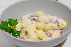 Gnocchifläck och gorgonzola ost Royaltyfria Bilder