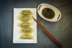 Gnocco asiatico nel bianco della porcellana Fotografia Stock