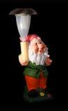 Gnome del giardino con indicatore luminoso solare Fotografia Stock Libera da Diritti