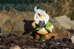 Gnome pequeno do jardim Imagem de Stock Royalty Free