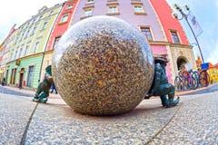 Gnomes en bronze pour des touristes Wroclaw Photos libres de droits