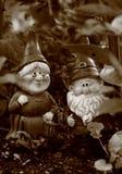 Gnomes i regna Arkivbilder