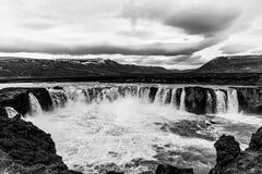 Goðafosswaterval in noordelijk IJsland stock fotografie