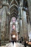 Goście w sali w Mediolańskiej katedrze obrazy stock