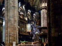 Goście zbliżają plebanię w Mediolańskiej katedrze fotografia royalty free
