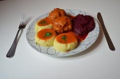 Gość restauracji, klopsiki w pomidorowym kumberlandzie Zdjęcia Stock