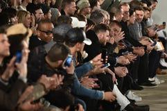 Goście przy Billy Reid pokazem mody podczas Nowy Jork mody tygodnia mężczyzna spadku, zimy/2016 Zdjęcie Royalty Free