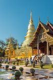 Goście przy Watem Phra Singh w Chiang Mai prowincji, Tajlandia obraz stock