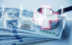 Gościnność z pieniądze, stetoskopem i kardiologia szpitalem dużo fotografia stock