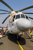 Goście bada MI-26T helikopter Fotografia Royalty Free