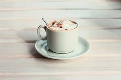 Goût spécial de cappuccino de volcan Photographie stock libre de droits