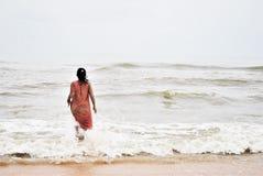 Goa, arena y mar Foto de archivo