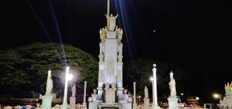 Goa, statua, Gesù, preghiera, foto di notte fotografia stock libera da diritti