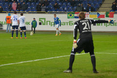 Goalkeeper exposes the wall of the players Royalty Free Stock Photography