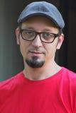 goatee επίπεδων γυαλιών ΚΑΠ άτο Στοκ φωτογραφίες με δικαίωμα ελεύθερης χρήσης