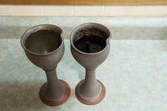 Gobelets de vin photos stock