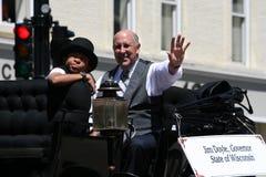 Gobernador Doyle en gran agitar del desfile del circo fotografía de archivo