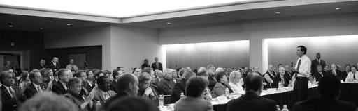 Gobernador Juan Kasich, Dayton el 16 de febrero de 2011 de Ohio imagenes de archivo