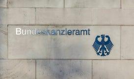 Gobierno de Alemania Bundeskanzleramt La inscripción en Imagenes de archivo
