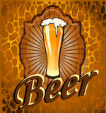 Goblet γυαλιού με την μπύρα και τον αφρό Στοκ Φωτογραφία