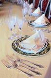 goblets δικράνων placemat πιάτα Στοκ εικόνα με δικαίωμα ελεύθερης χρήσης