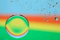 Gocce dell'acqua del Rainbow Fotografia Stock