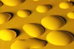 Gocce di acqua gialle Fotografia Stock Libera da Diritti