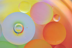 Gocce di acqua in olio Fotografia Stock