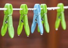Gocce di pioggia della sgocciolatura Fotografia Stock