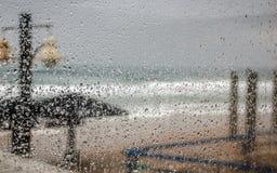 Gocce di pioggia di inverno Fotografie Stock Libere da Diritti