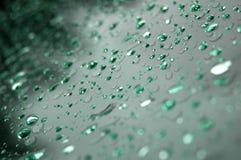 Gocce di pioggia verdi Fotografia Stock
