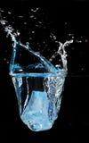 Goccia del ghiaccio fotografie stock