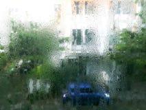 Goccia di acqua sul fondo delle finestre di vetro fotografia stock libera da diritti