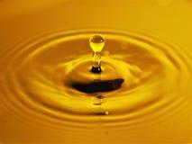 Goccia di oro liquido Fotografia Stock Libera da Diritti