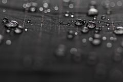 Goccioline dell'acqua piovana fotografie stock libere da diritti