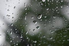 Goccioline di acqua su vetro Immagine Stock