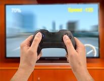 Goce con la palanca de mando de los videojuegos Fotos de archivo