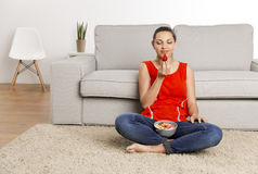 Goce de la comida sana Imagen de archivo