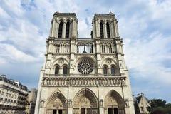 Gocki architektoniczny styl Notre Damae w Paryż Zdjęcie Royalty Free