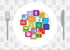 Goda di di usando i apps Immagine Stock Libera da Diritti