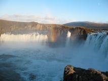 Godafoss härlig icelandic vattenfall Arkivbilder